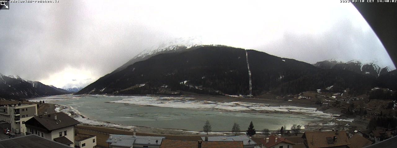 Webcam Aktiv Hotel Edelweiss in Reschen, Richtung Süden